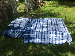 Shibori bed